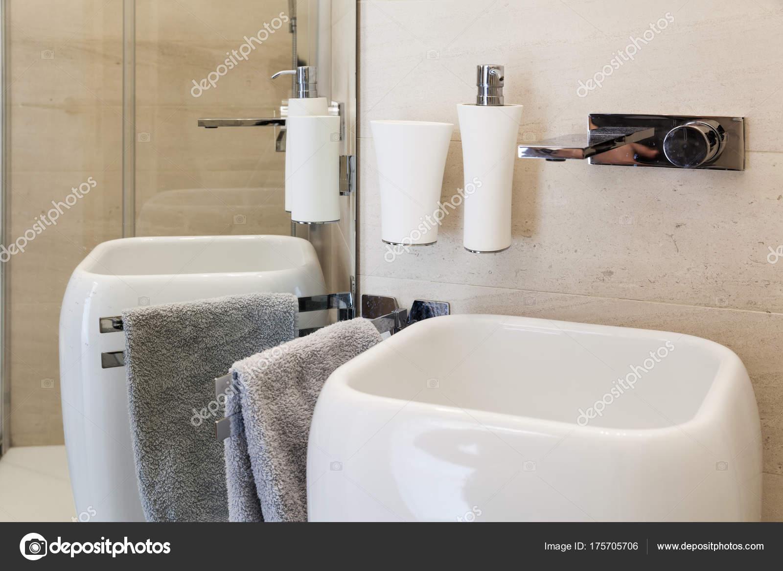 Schön Bad Waschbecken Ideen Von Bad, Aus Keramik — Stockfoto
