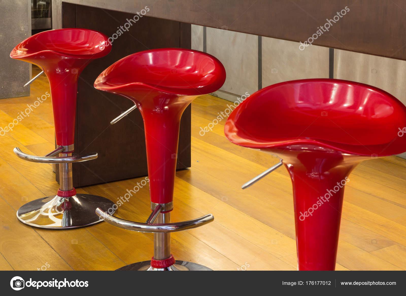Sgabelli da interno rosso u2014 foto stock © zveiger #176177012