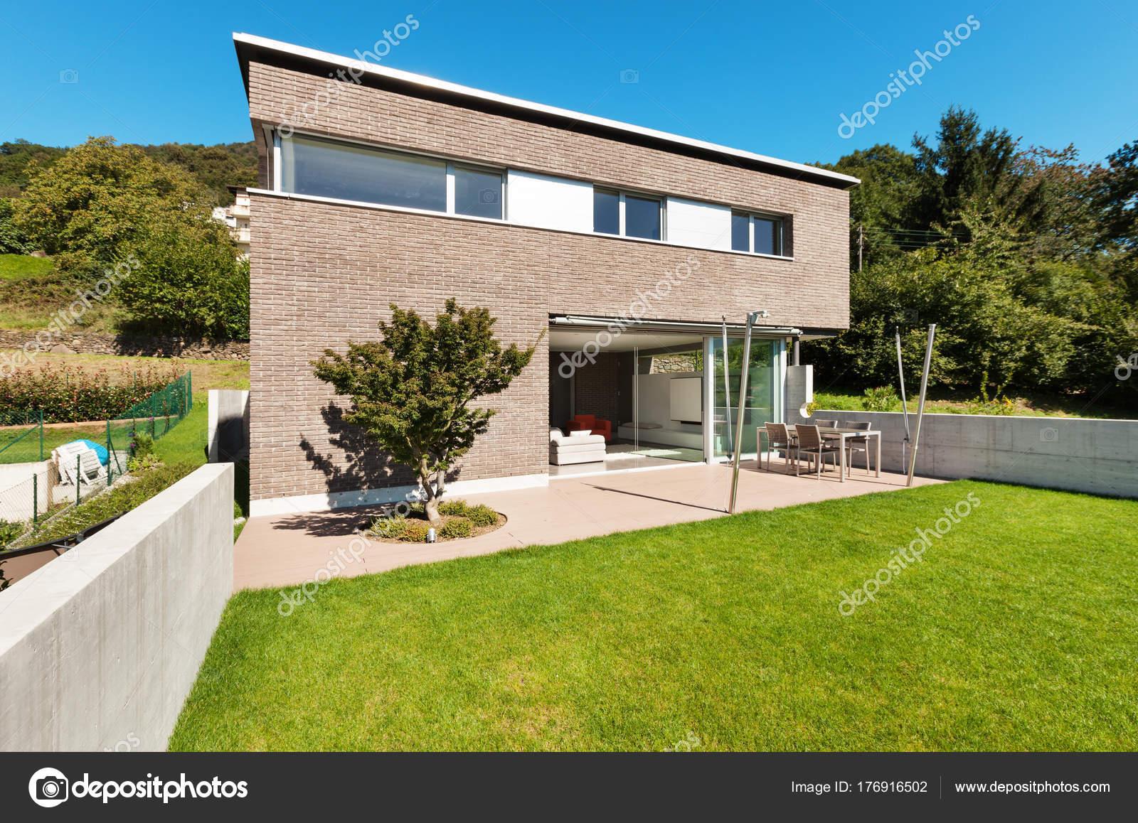 conception de l'architecture moderne, maison — photographie zveiger