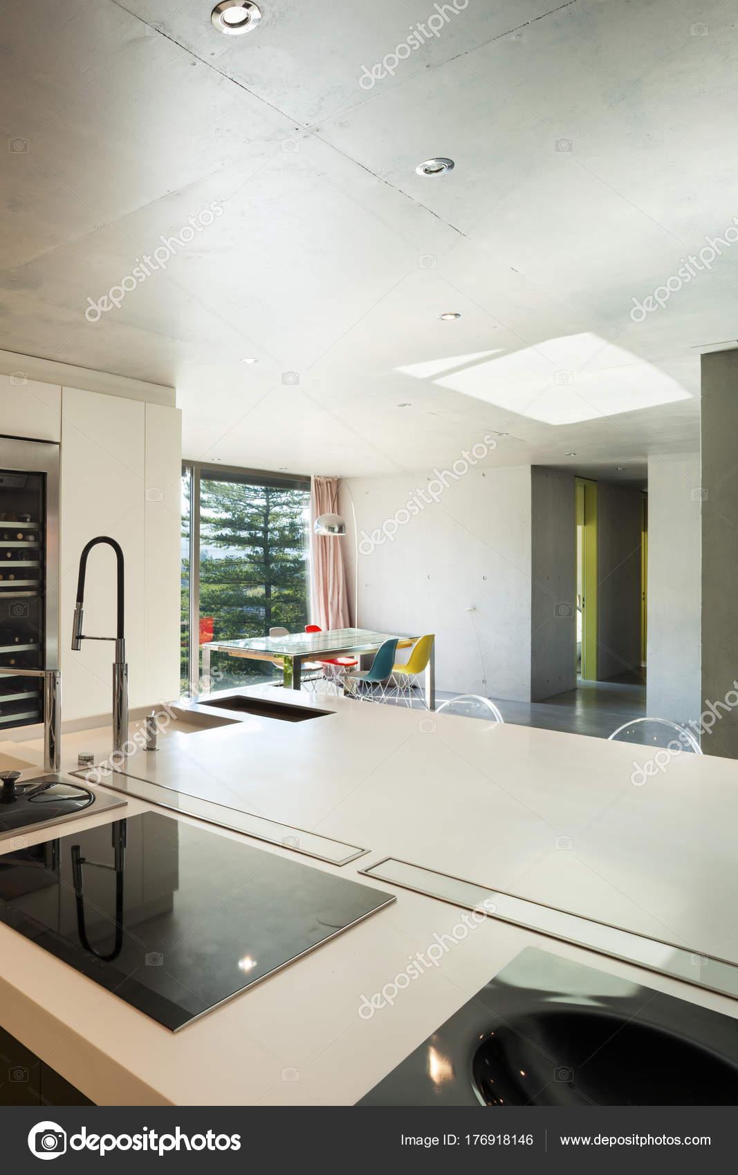 Intérieur de la maison modern, cuisine — Photographie ...