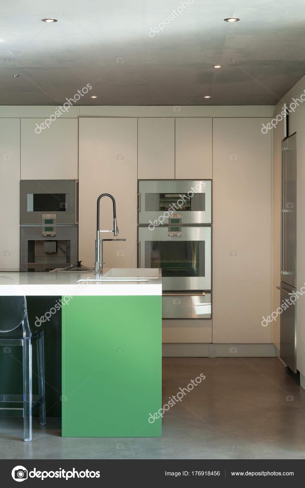 Charmant Modern House, Ikitchen U2014 Stock Photo
