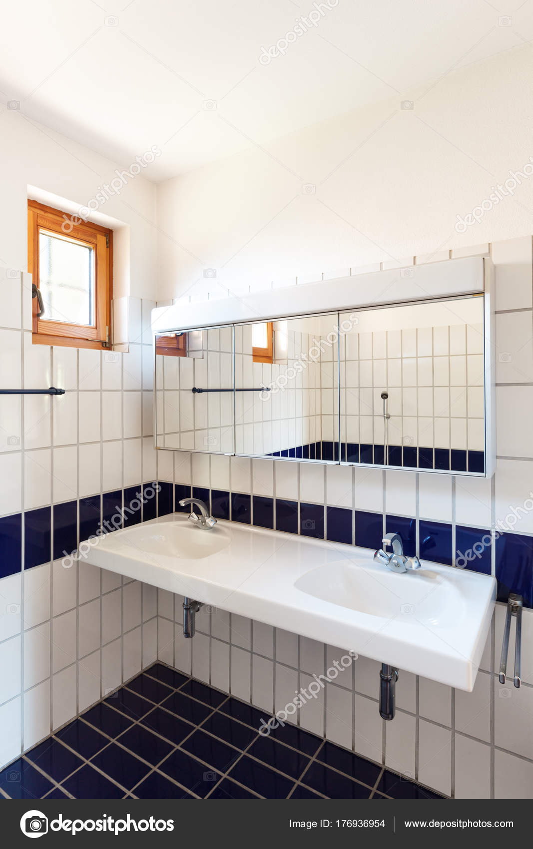 Architektur, Badezimmer — Stockfoto © Zveiger #176936954