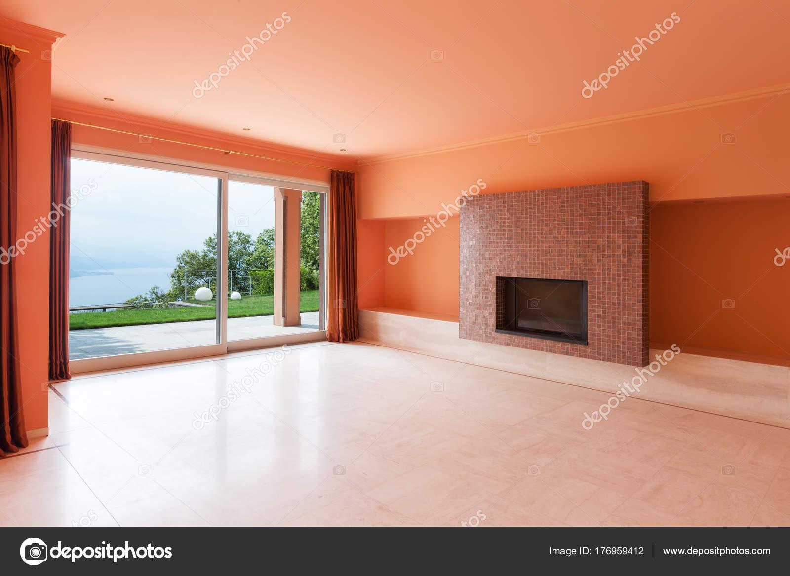 Interieur, Villa, leere Wohnzimmer — Stockfoto © Zveiger #176959412