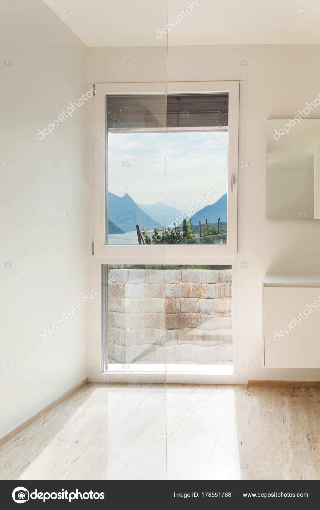 Mooie Moderne Badkamer Marmeren Vloer — Stockfoto © Zveiger #178551768