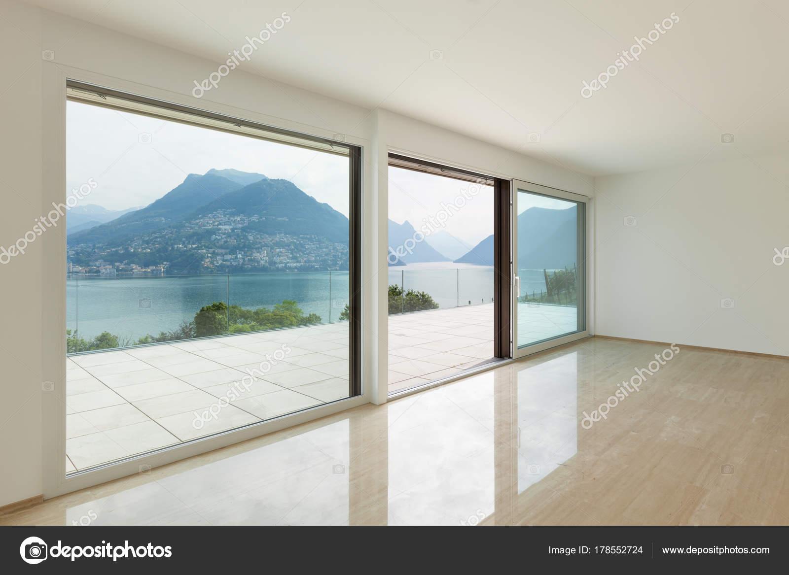 Interieur Moderne Penthouse Leere Wohnzimmer Mit Großen Fenstern