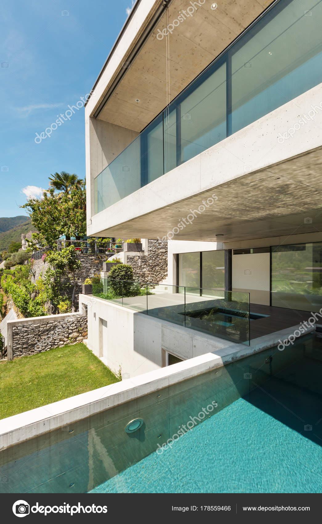 Haus Moderne Architektur Schwimmbad Freibad Foto Von Zveiger