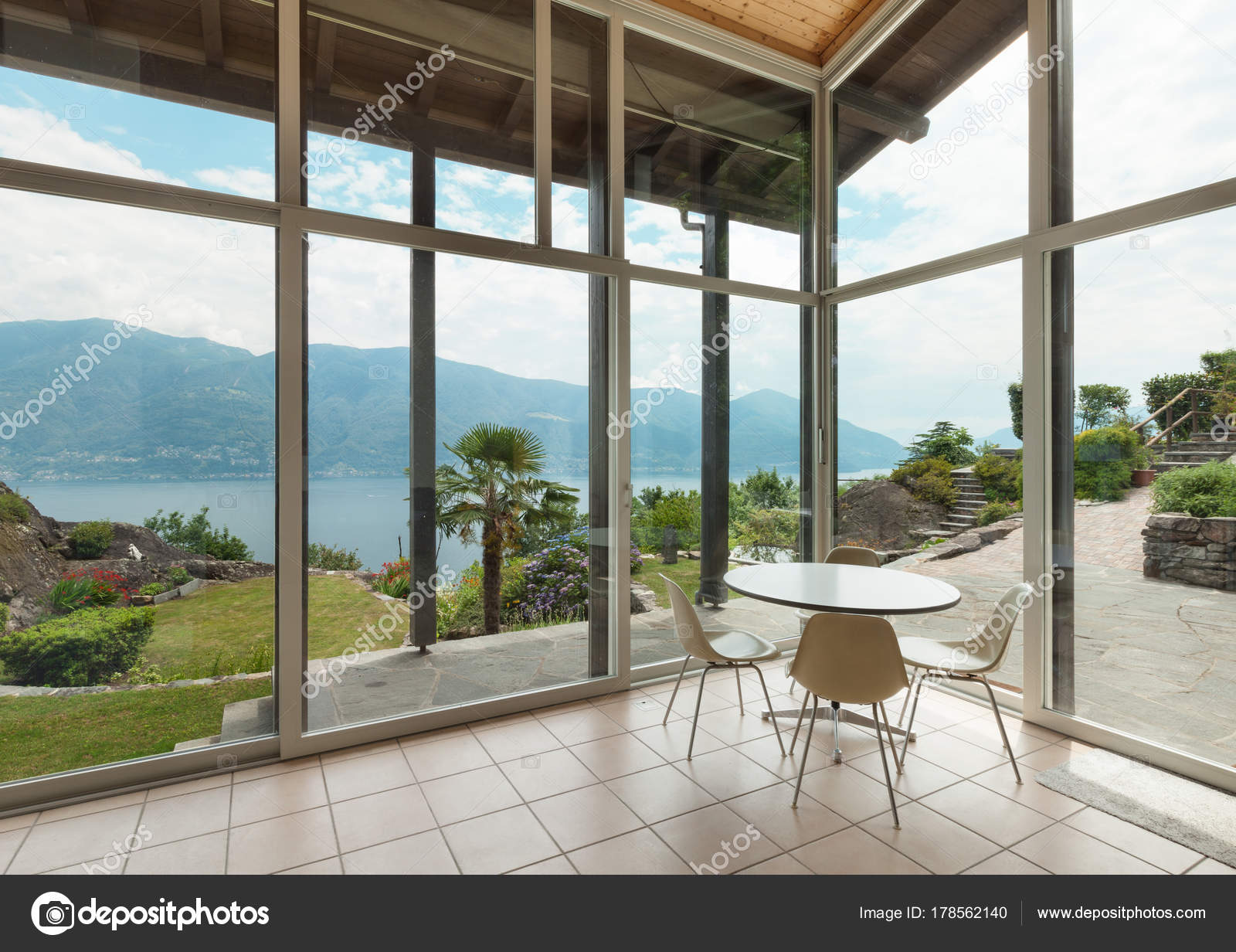 https://st3.depositphotos.com/2018053/17856/i/1600/depositphotos_178562140-stock-photo-modern-architecture-interior-veranda.jpg