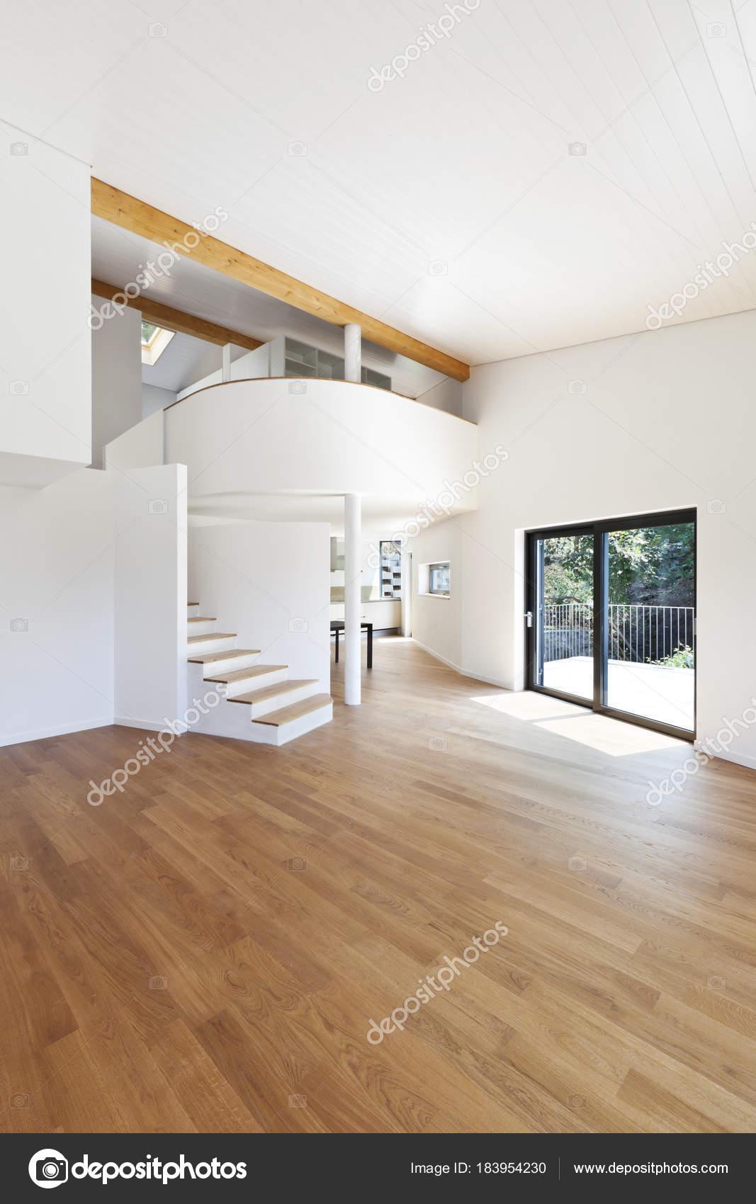 innen modernes Haus, Freifläche — Stockfoto © Zveiger #183954230