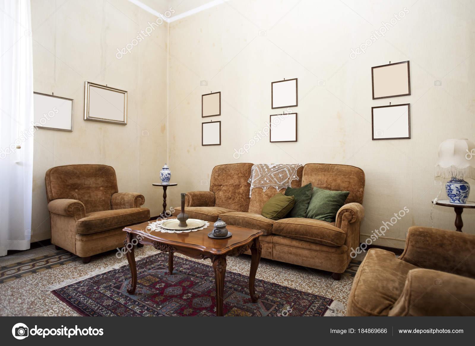 suède Bank woonkamer interieur — Stockfoto © Zveiger #184869666