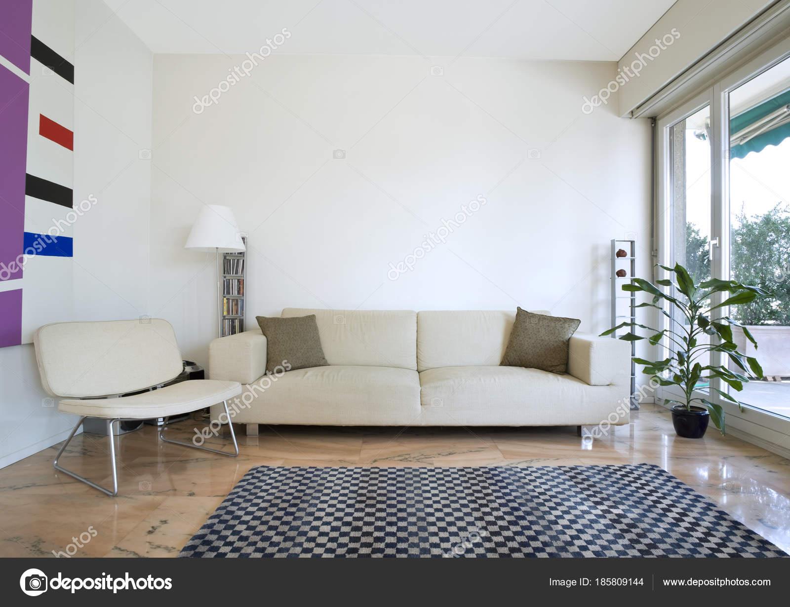 Innenarchitektur, modernes Haus — Stockfoto © Zveiger #185809144