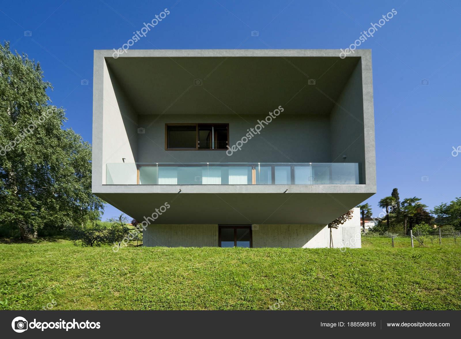 Exterieur moderne stijl villa u2014 stockfoto © zveiger #188596816