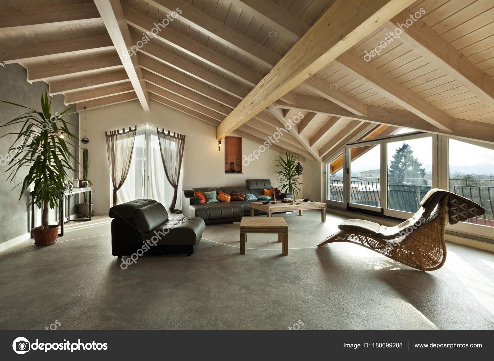 interieur nieuwe loft, etnische meubels, woonkamer — Stockfoto ...