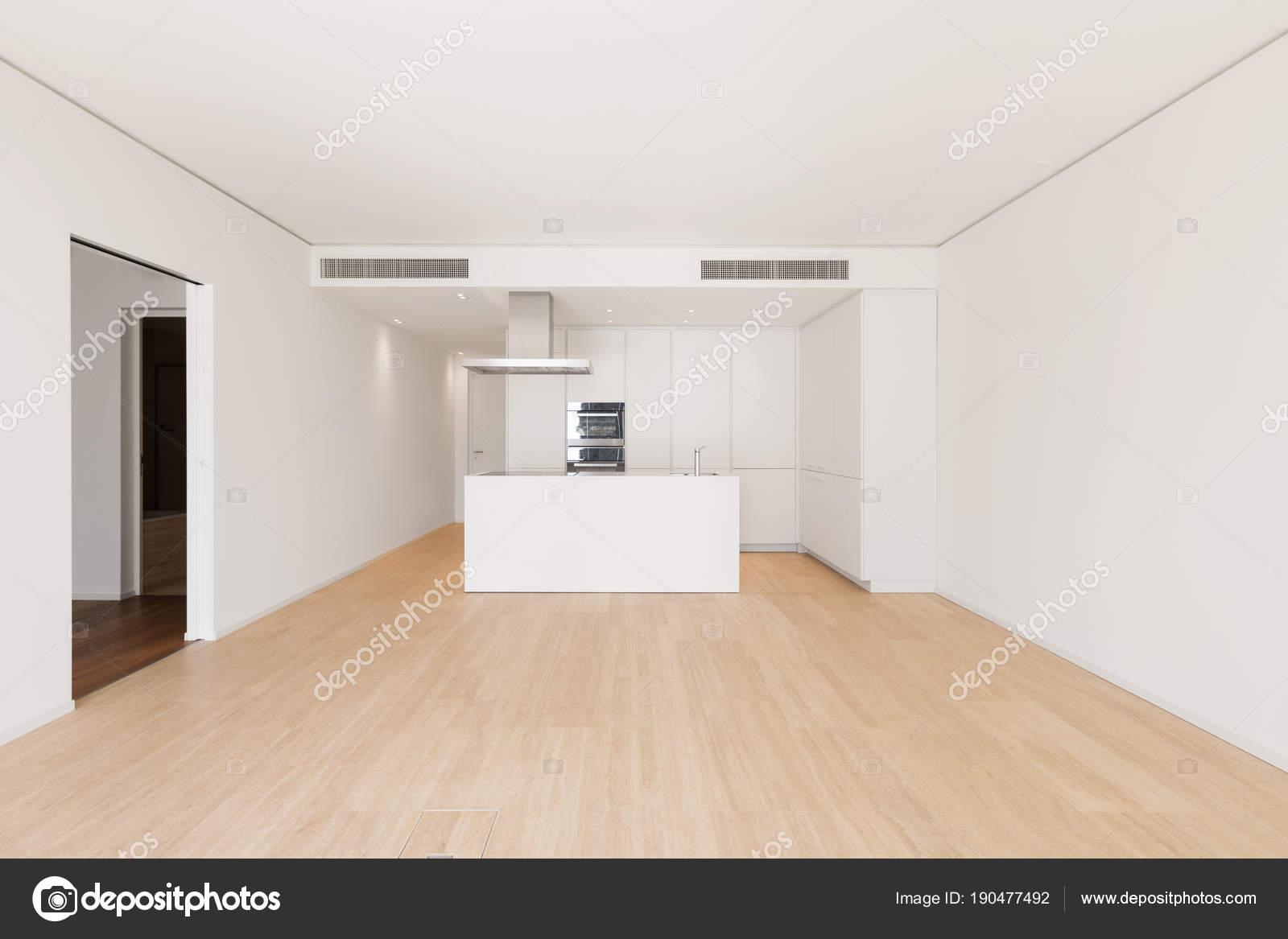 Grande Cozinha Com Ilha Fotografias De Stock Zveiger 190477492
