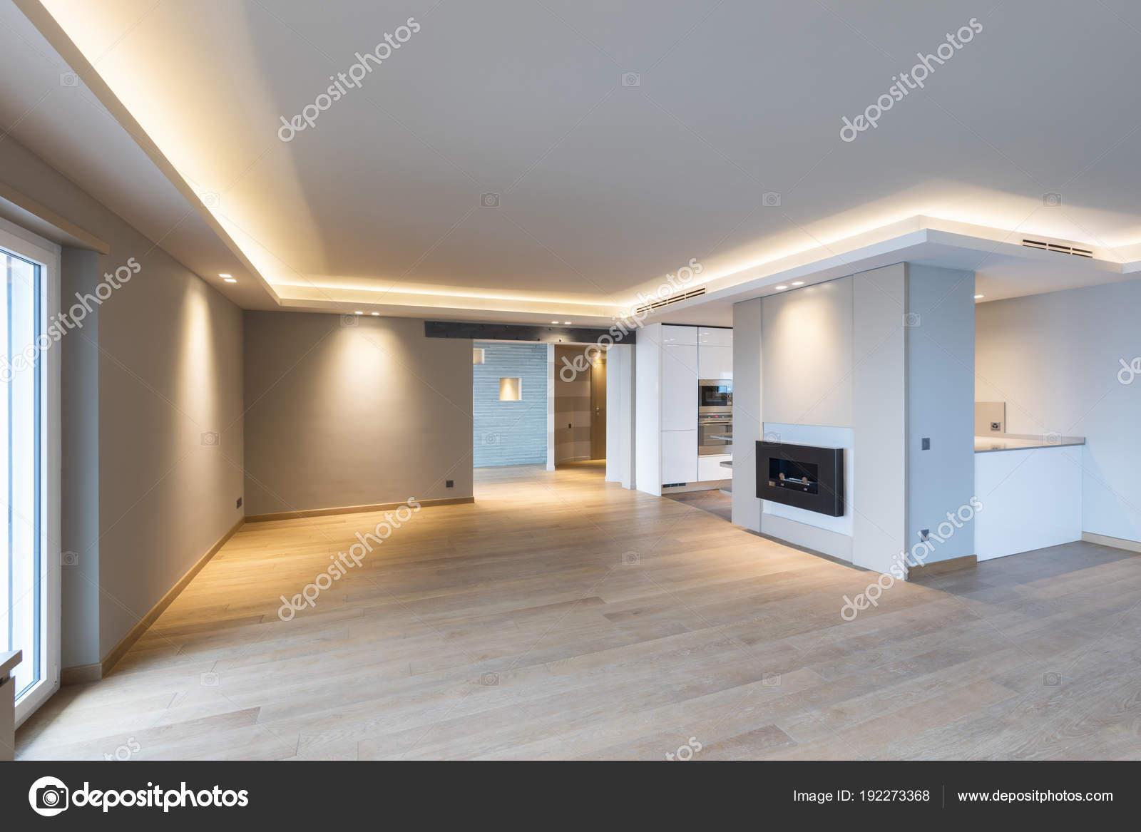 Gut gemocht Großes Wohnzimmer im modernen apartment — Stockfoto © Zveiger YR06