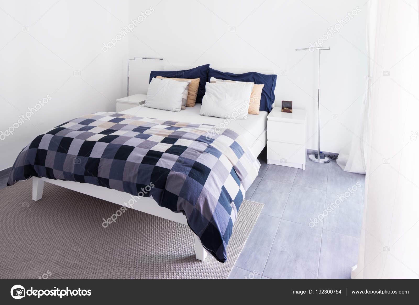 Intérieurs de moderne meublé, chambre à coucher ...