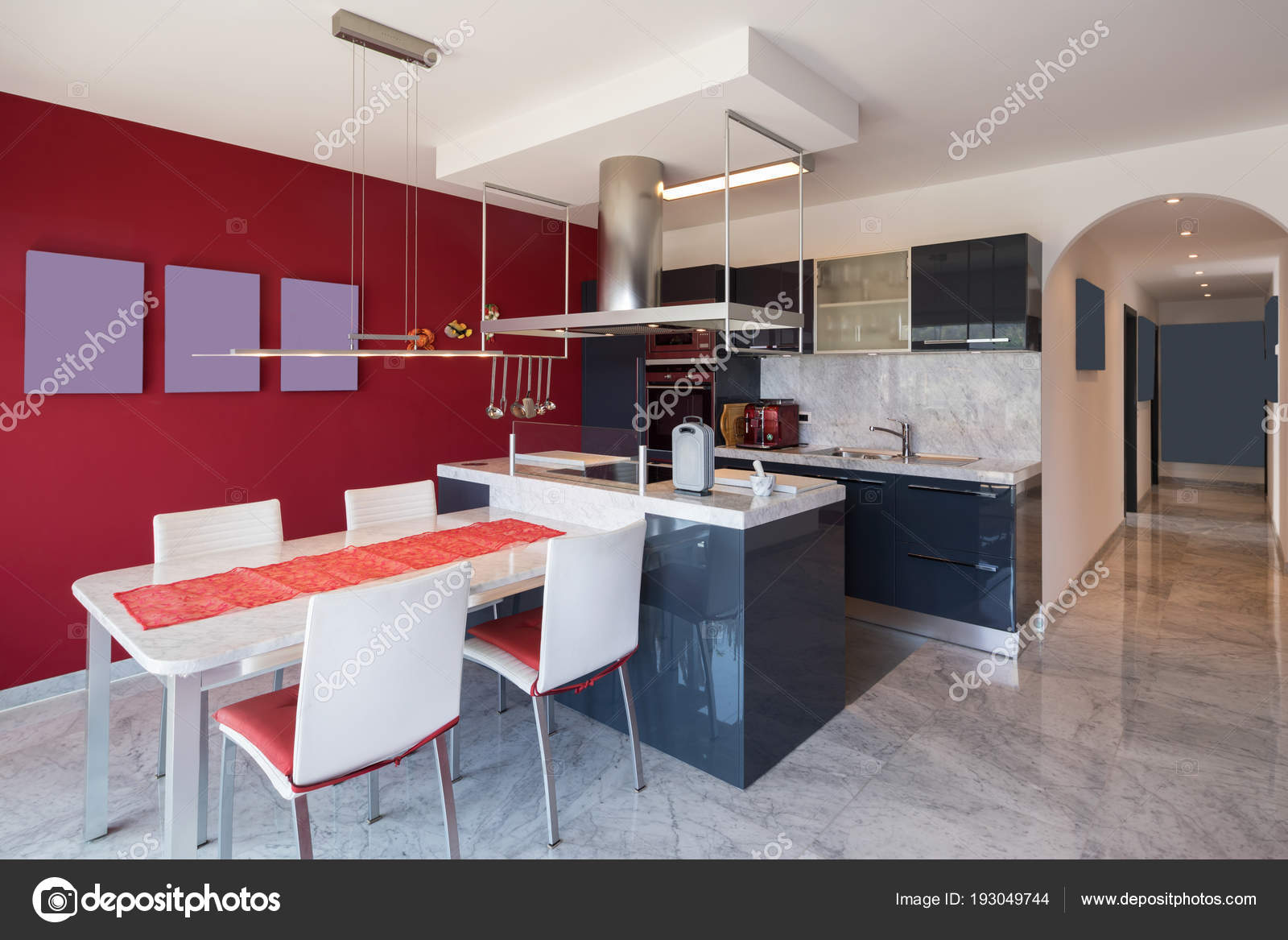 Moderne kuche mit insel affordable bilder with moderne for Marmortisch modern