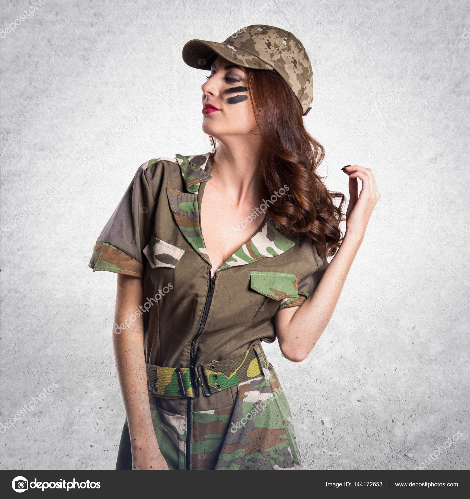 schöne Militärmädchen