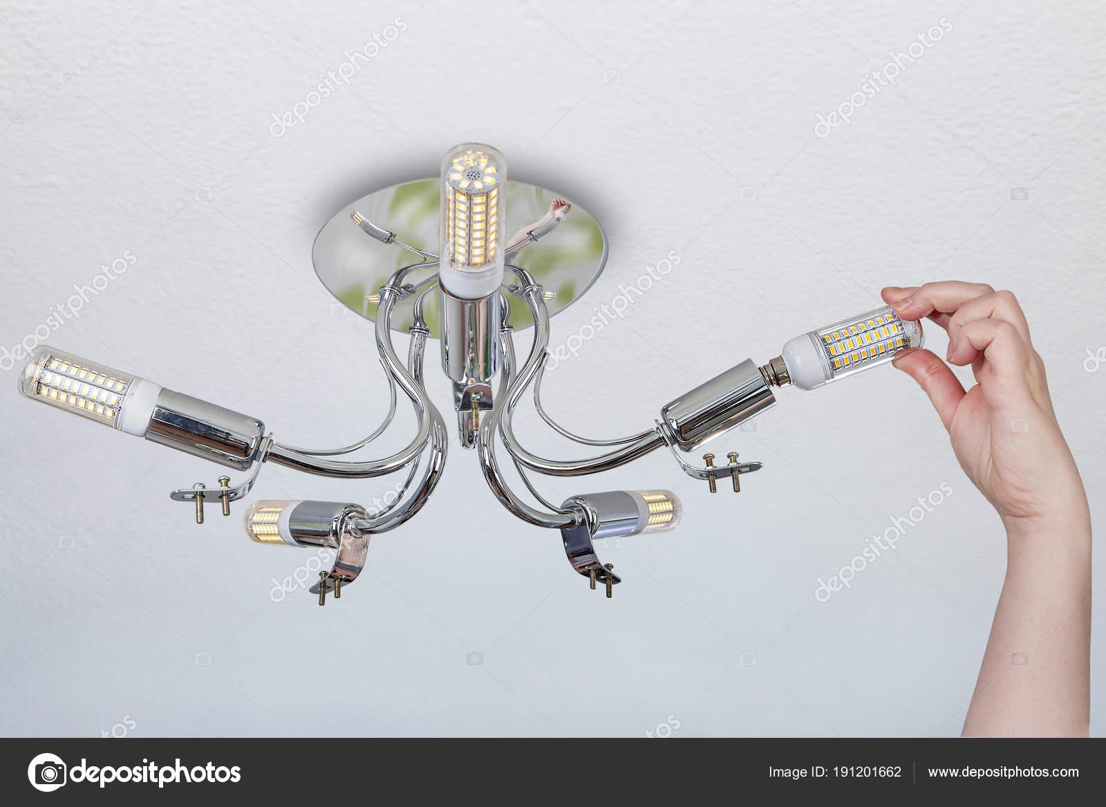 Led Birne Kronleuchter ~ Installation von led lampen wie mais in decke kronleuchter
