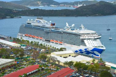 Royal Princess cruise ship in Saint Thomas