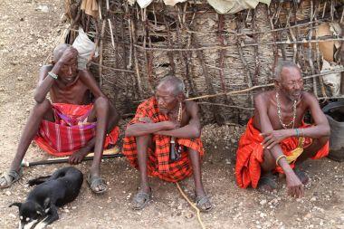 Kenya Samburu kabilesi erkeklerden