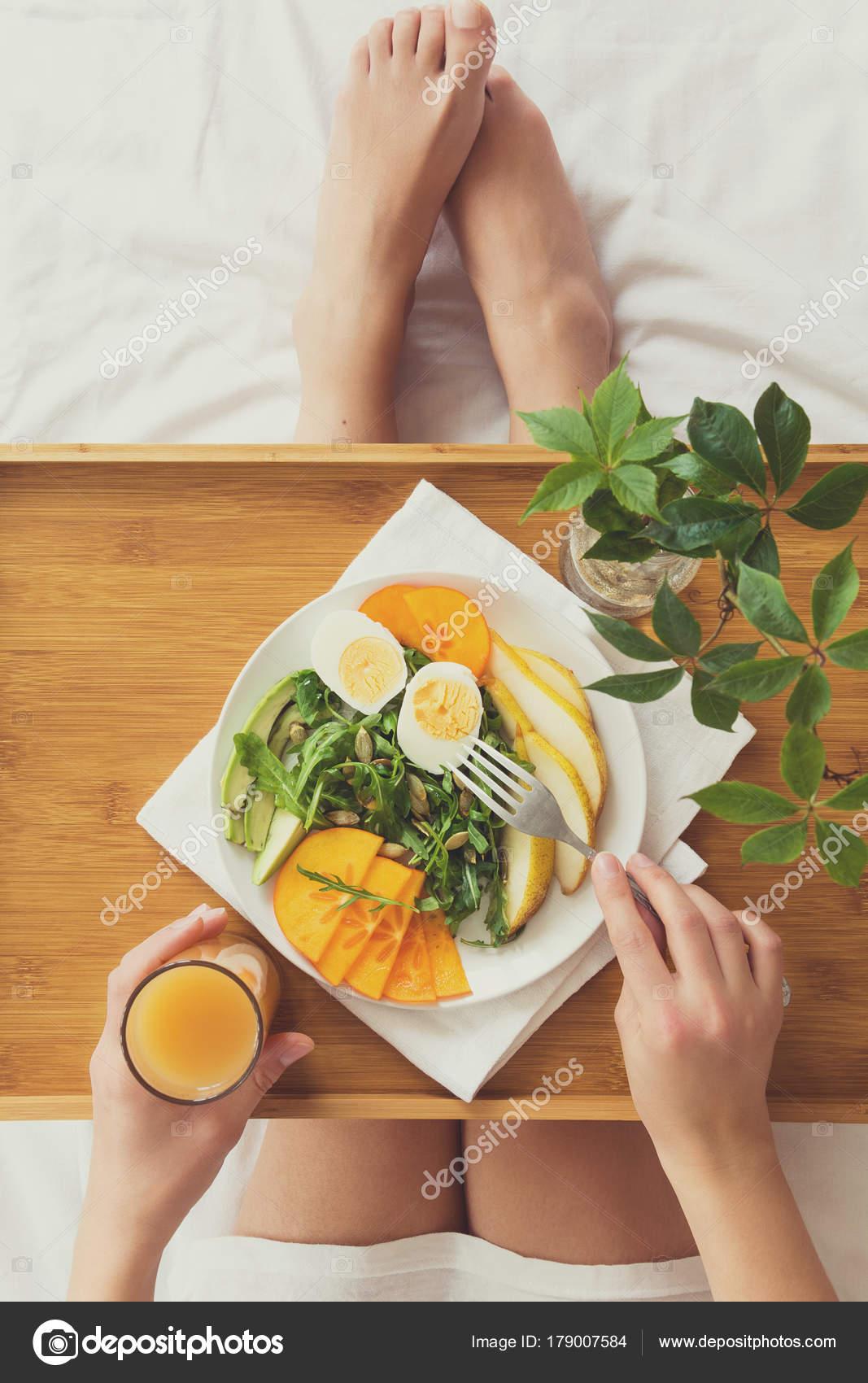 Zdrowe Jedzenie Koncepcja Kobieta Sniadanie Lozku Widok Gory