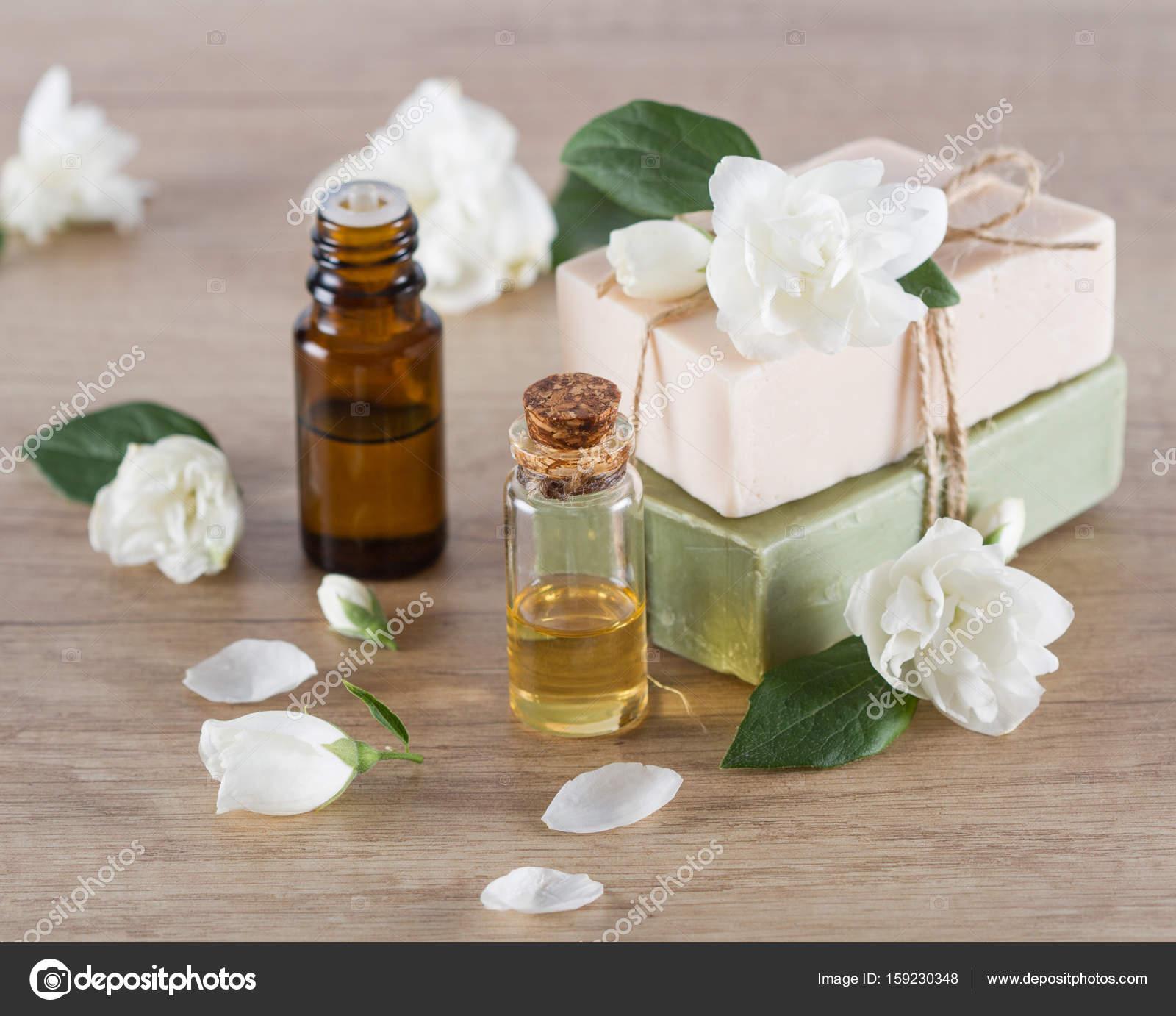 Jasmine Essential Oil And Jasmine Blossom Hanmade Soap Stock