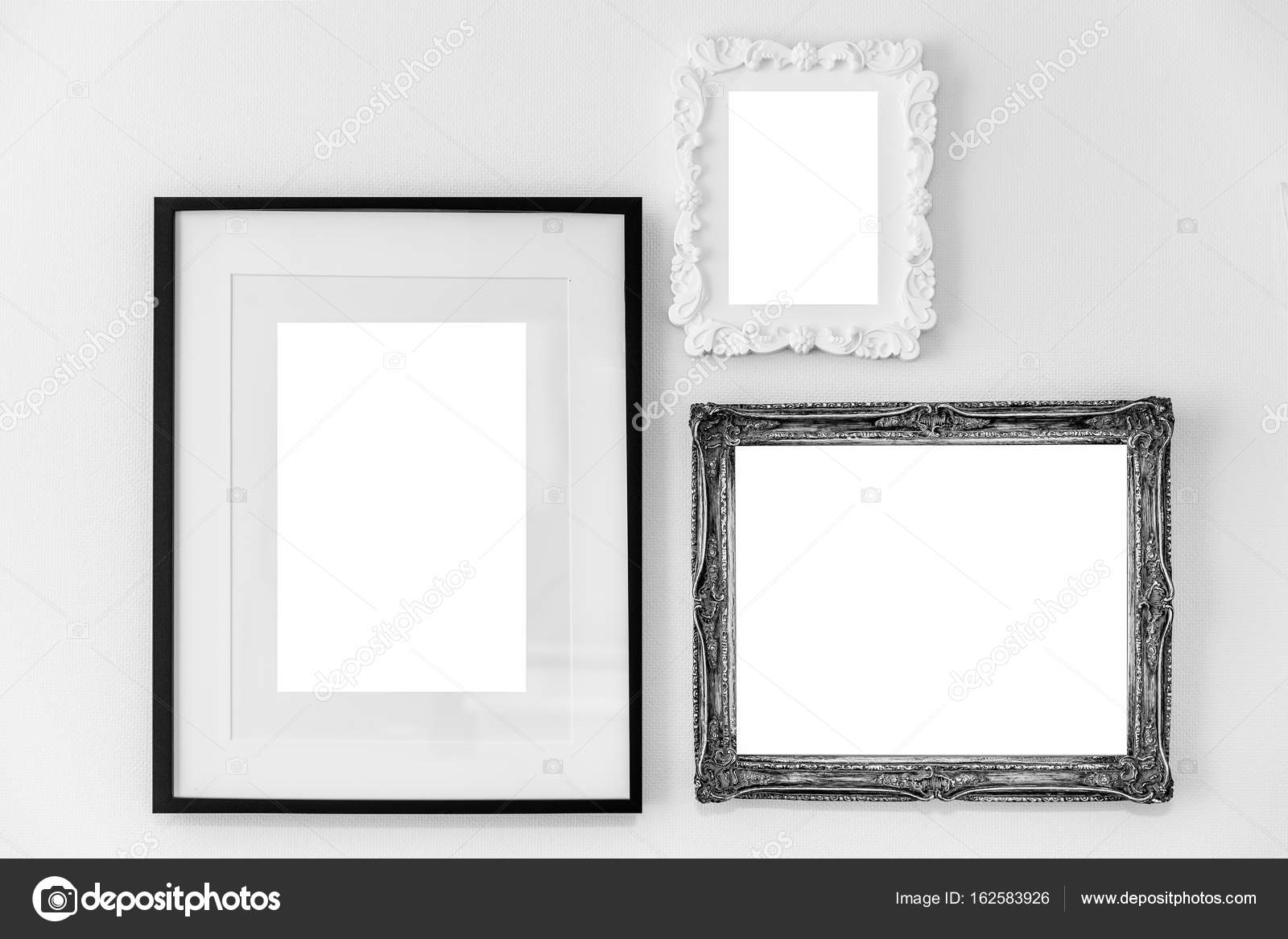 Vintage empty wooden frames — Stock Photo © Torsakarin #162583926