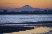 Mt.Fuji a Tokijského zálivu při západu slunce