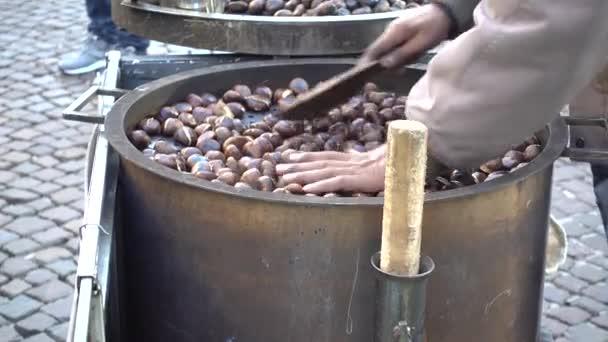 Příprava pečené kaštany
