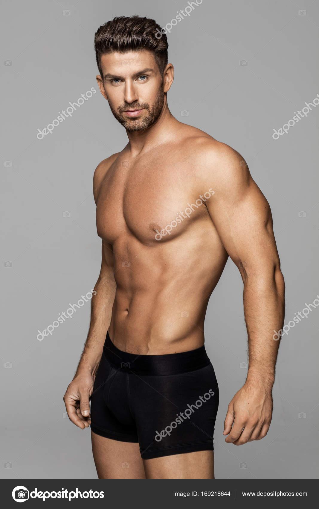 Seksi moški model v spodnjem perilu Stock Photo Kiuikson 169218644-7101