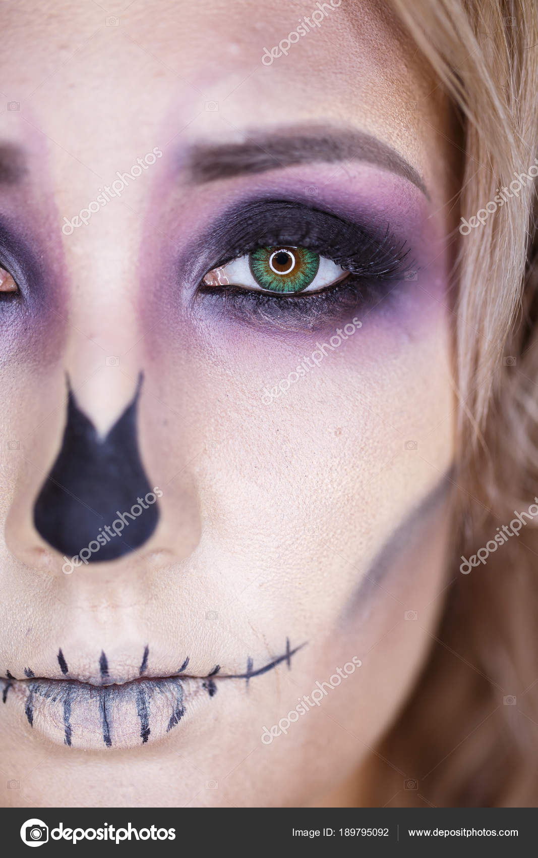 Halloween Porträt Von Jungen Schönen Mädchen Mit Make Up Skelett Im