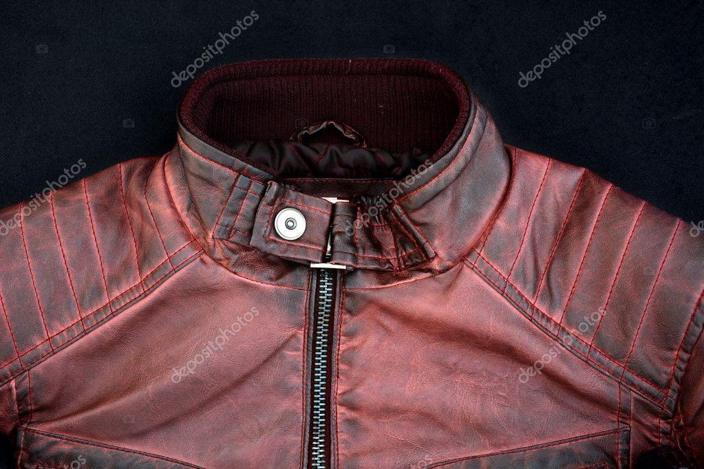 4d04486f99c Moderní červená kožená bunda pro muže se zipy a knoflíky — Fotografie od ...