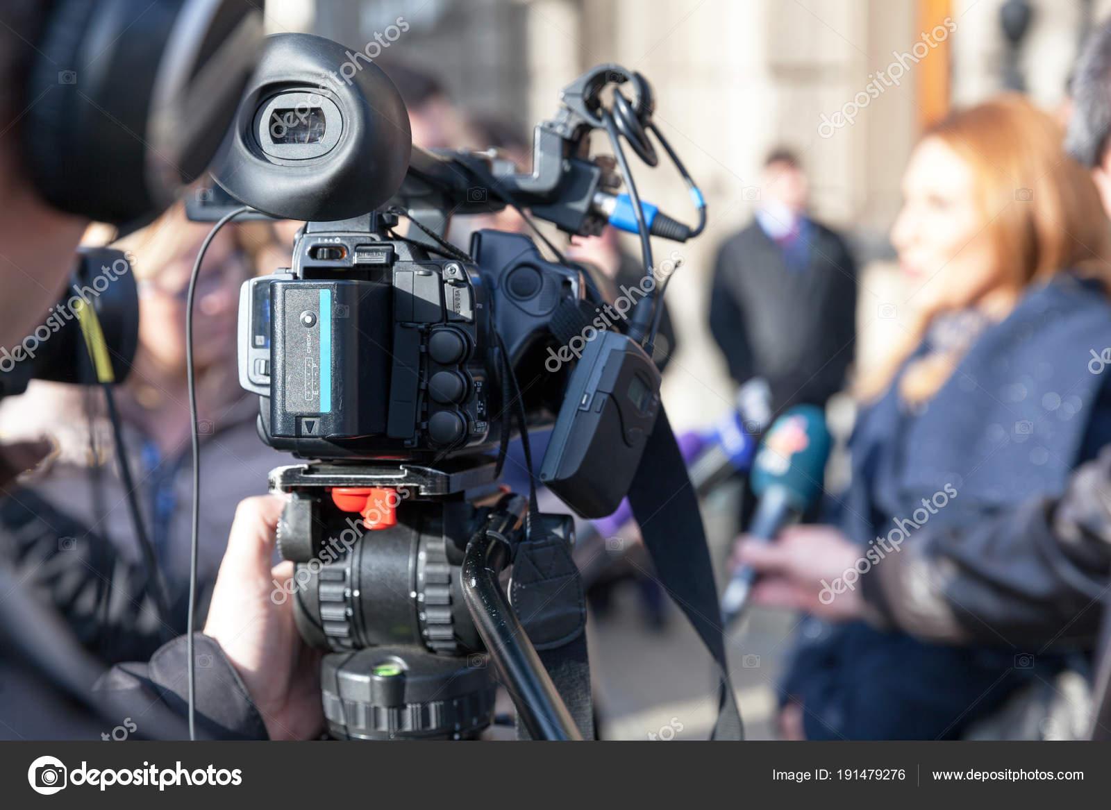 Télécharger médias et sociétés: presse édition cinéma radio.