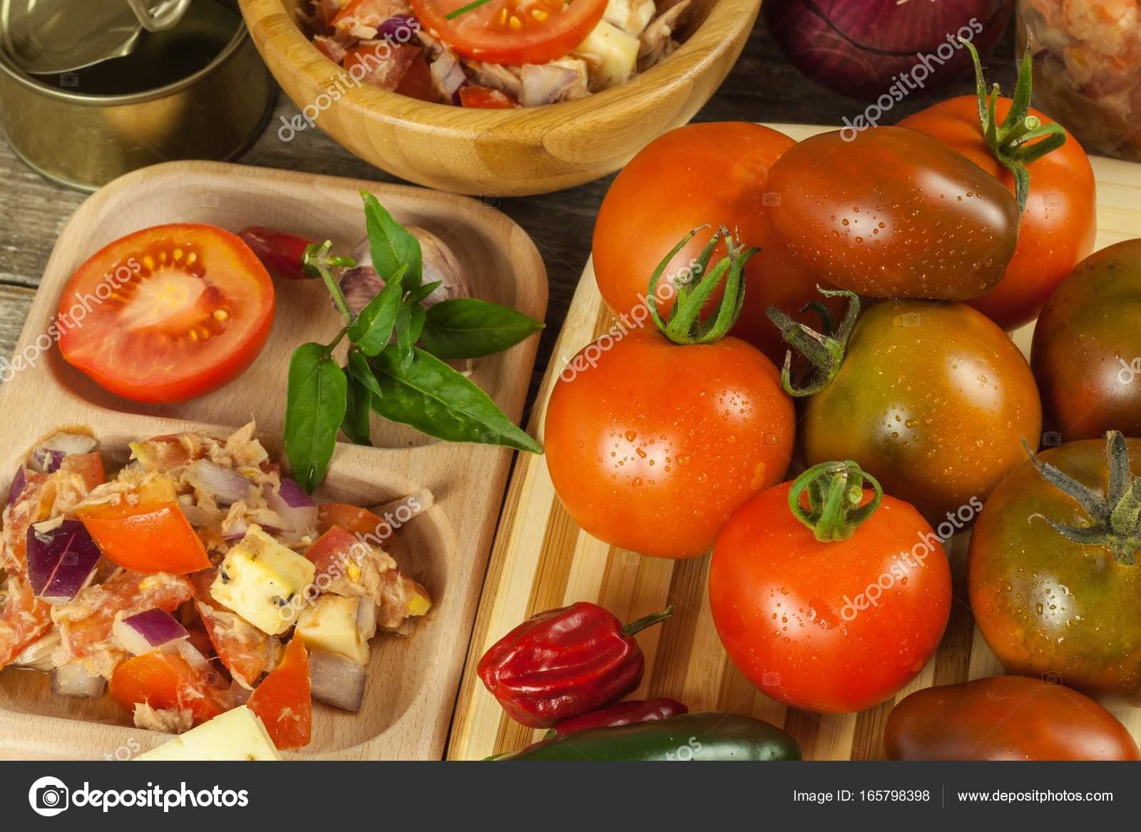 Yemeklerde Domates Nasıl Kullanılır