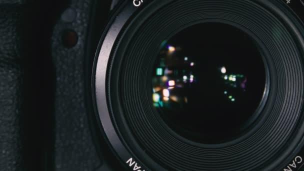 La fotocamera scatta una foto