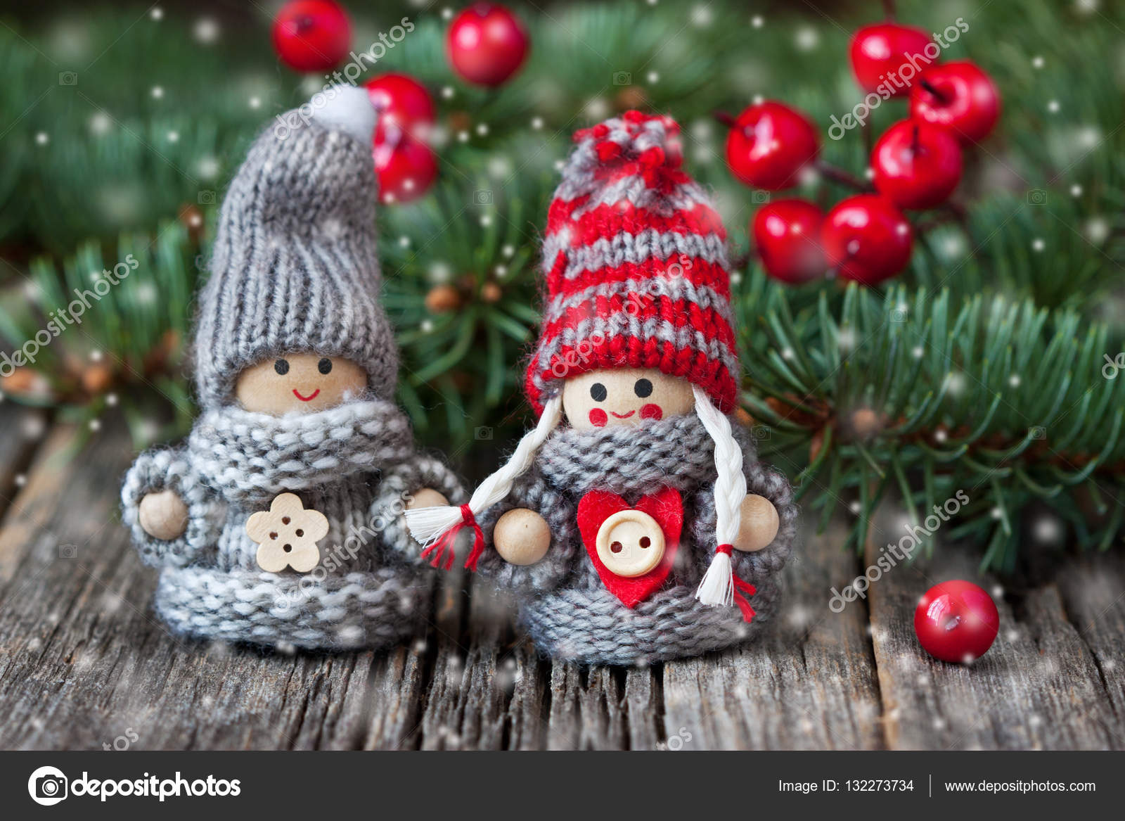 Foto Carine Di Natale.Gnomo Di Natale Carina Vestita Di Rossi Vestiti Lavorati A
