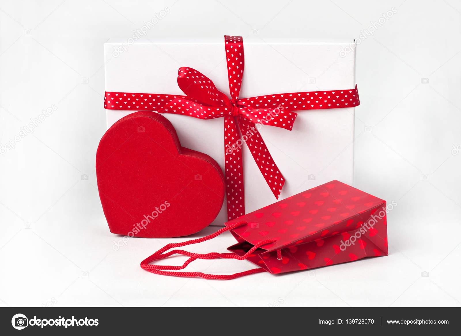 Sac Cadeau Et Coffret Cadeau Pour La Saint Valentin Mariage
