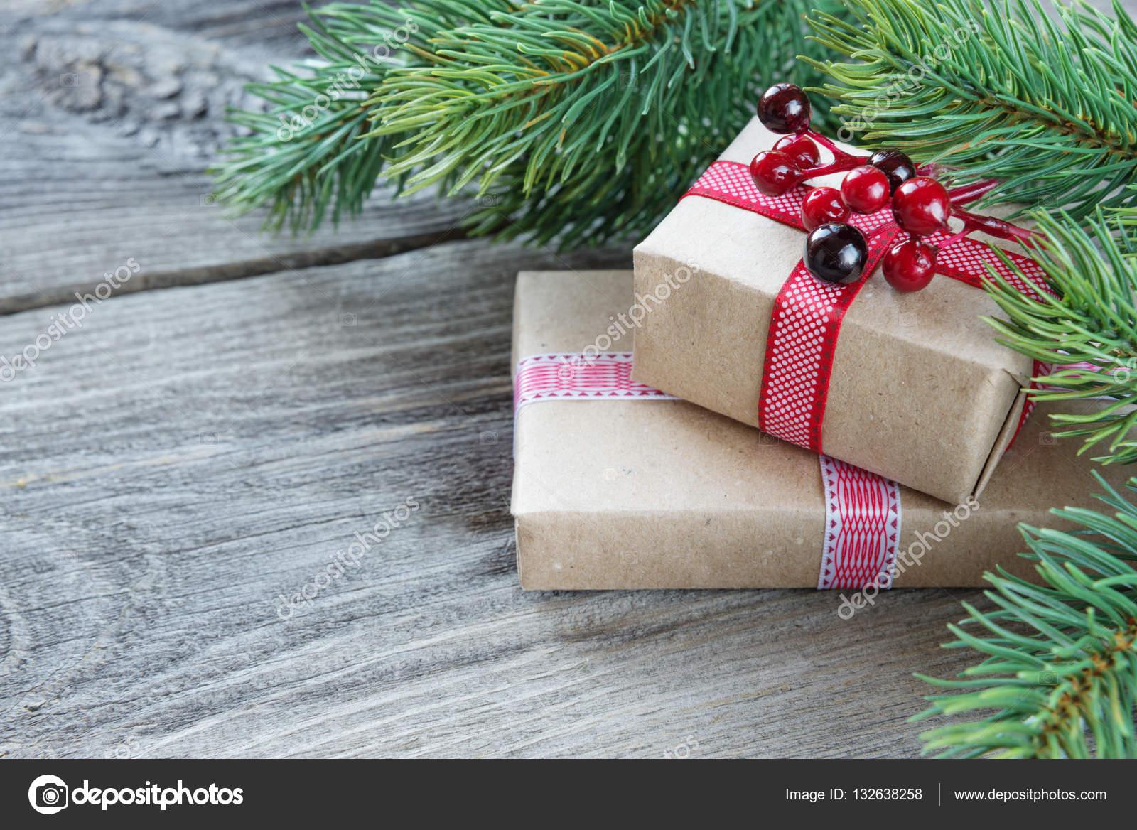 Weihnachten Wallpaper mit Geschenk-Boxen — Stockfoto © Epitavi ...