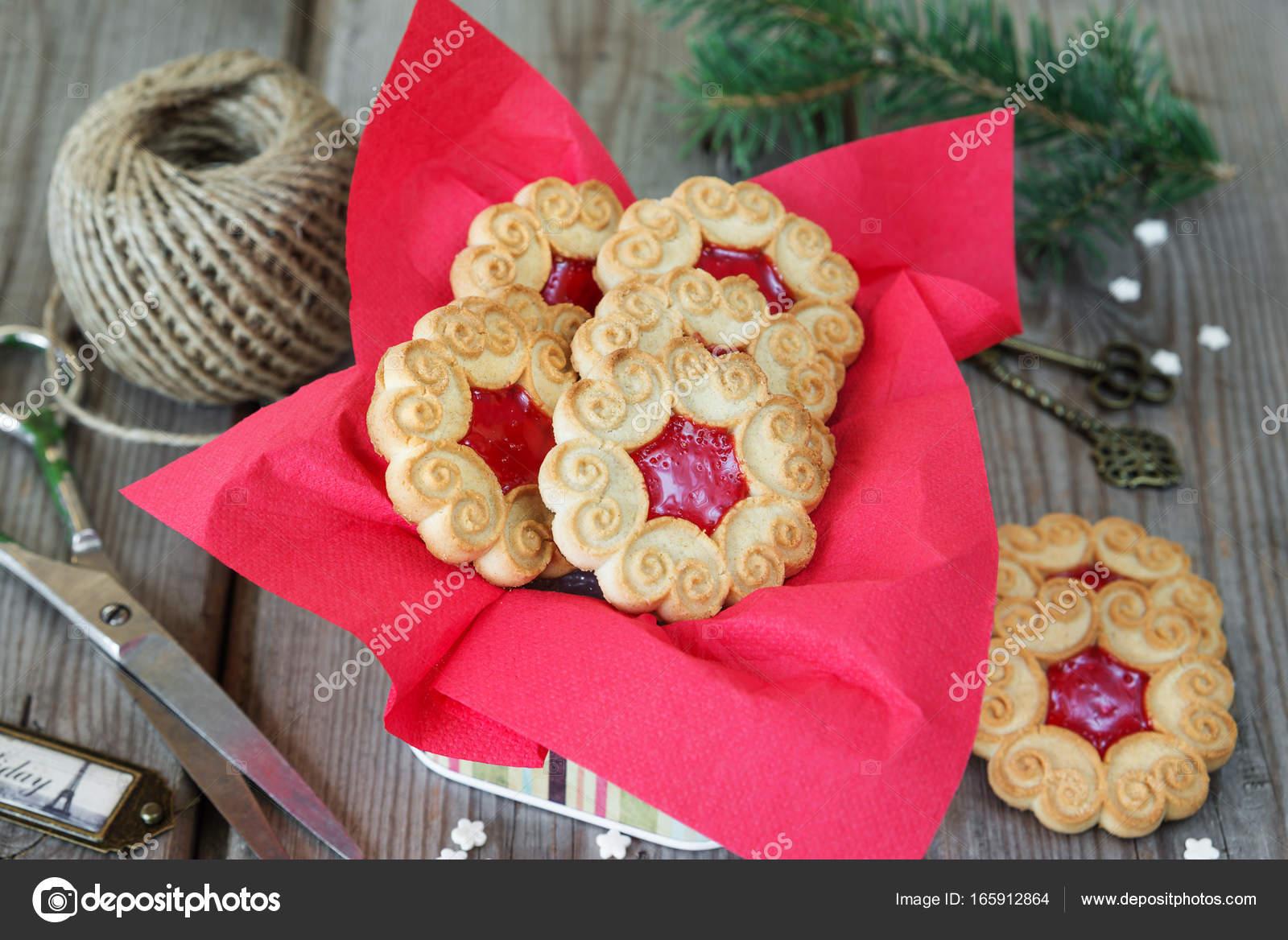 Biscotti Di Natale Con Marmellata.Biscotti Di Natale Con Marmellata Foto Stock C Epitavi