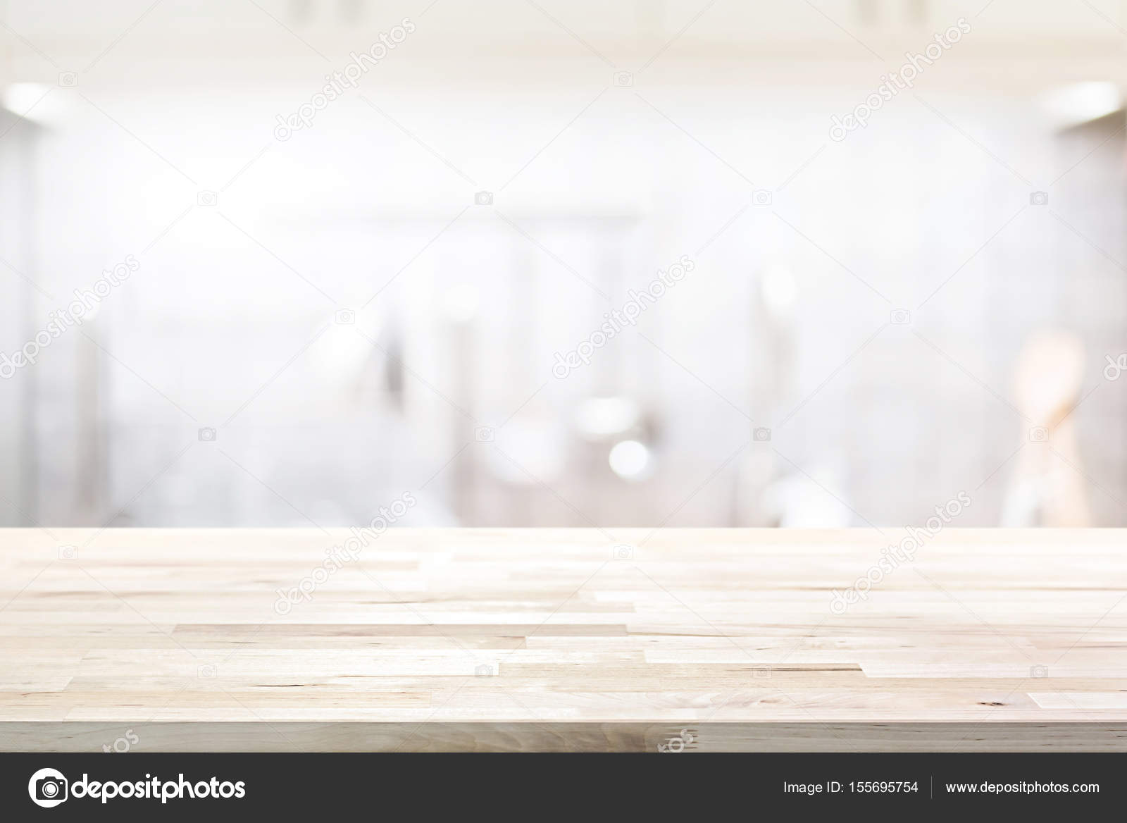 Holz-Arbeitsplatte (oder Kochinsel) auf Unschärfe Küche Interieur ...