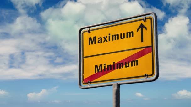 Ulice Podepsat cestu k maximu versus minimu