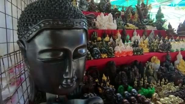 Tailandesi amuleti a Arun era sul mercato