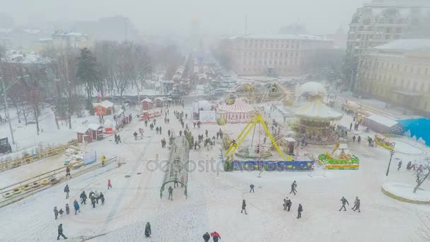 Heavy snow during Christmas Fair