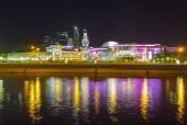 Este a Moszkva-folyó partja