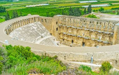 The hilly Aspendos