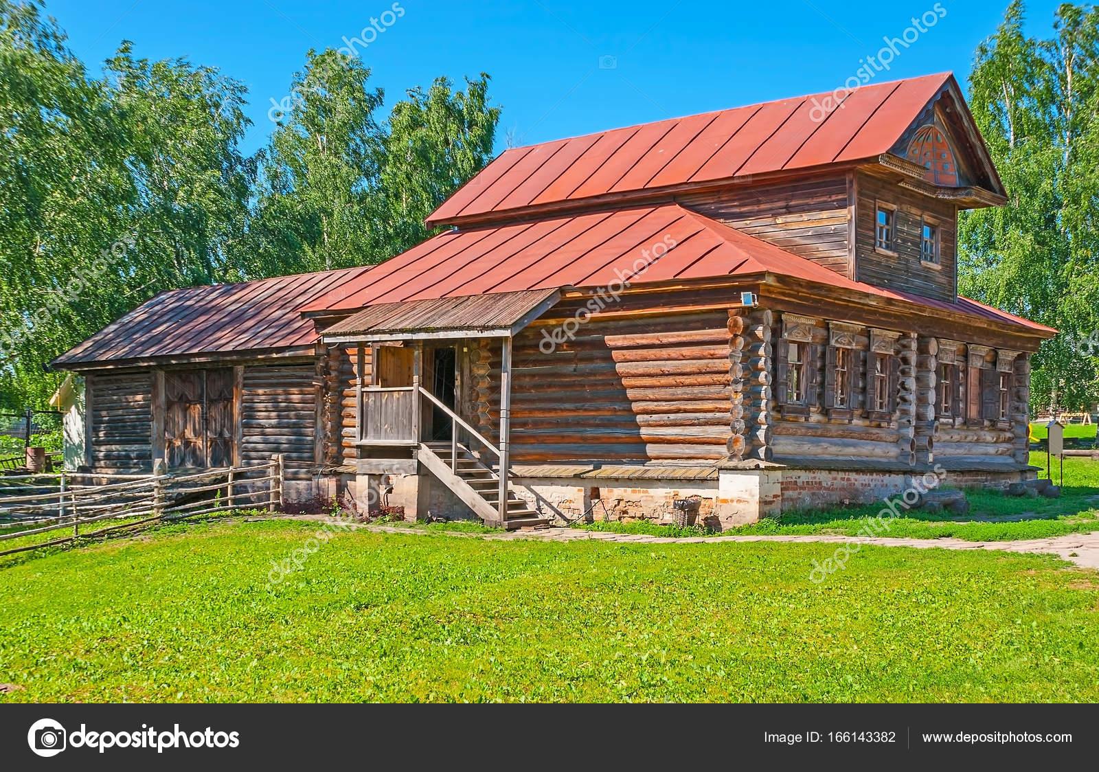 Das Blockhaus das blockhaus in susdal stockfoto efesenko 166143382