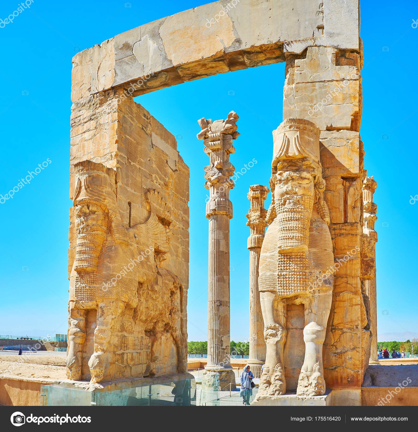 Architecture Of Persepolis Iran Stock Editorial Photo C Efesenko 175516420