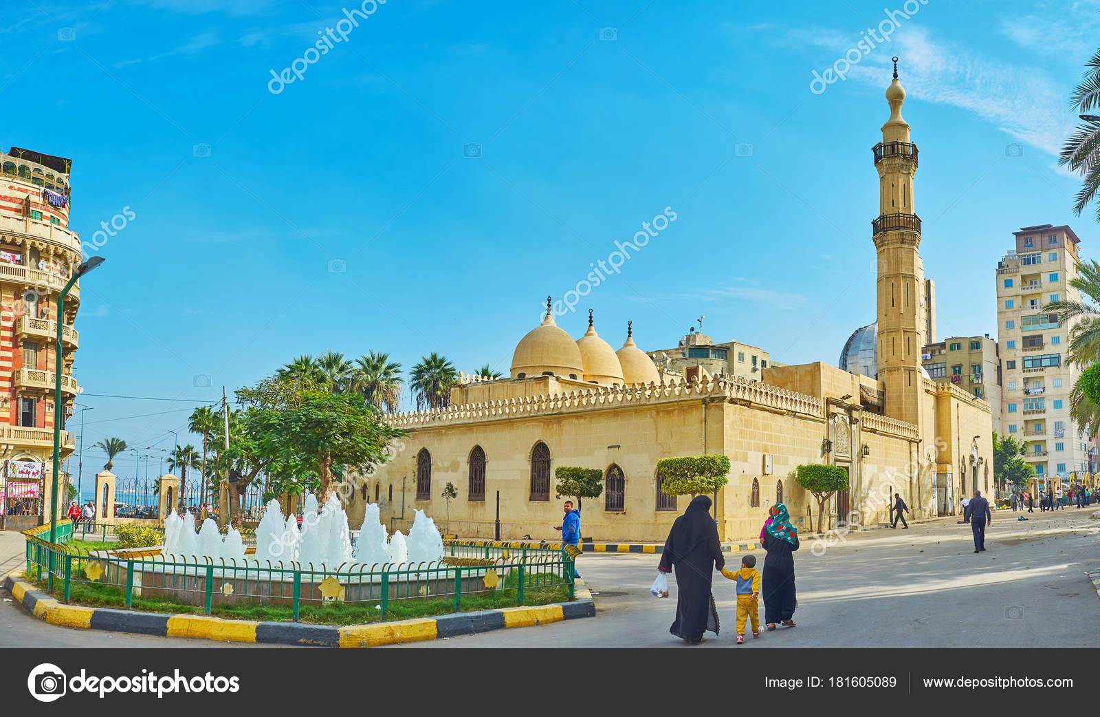Imam Al Busiri mosque, Alexandria, Egypt – Stock Editorial Photo ...
