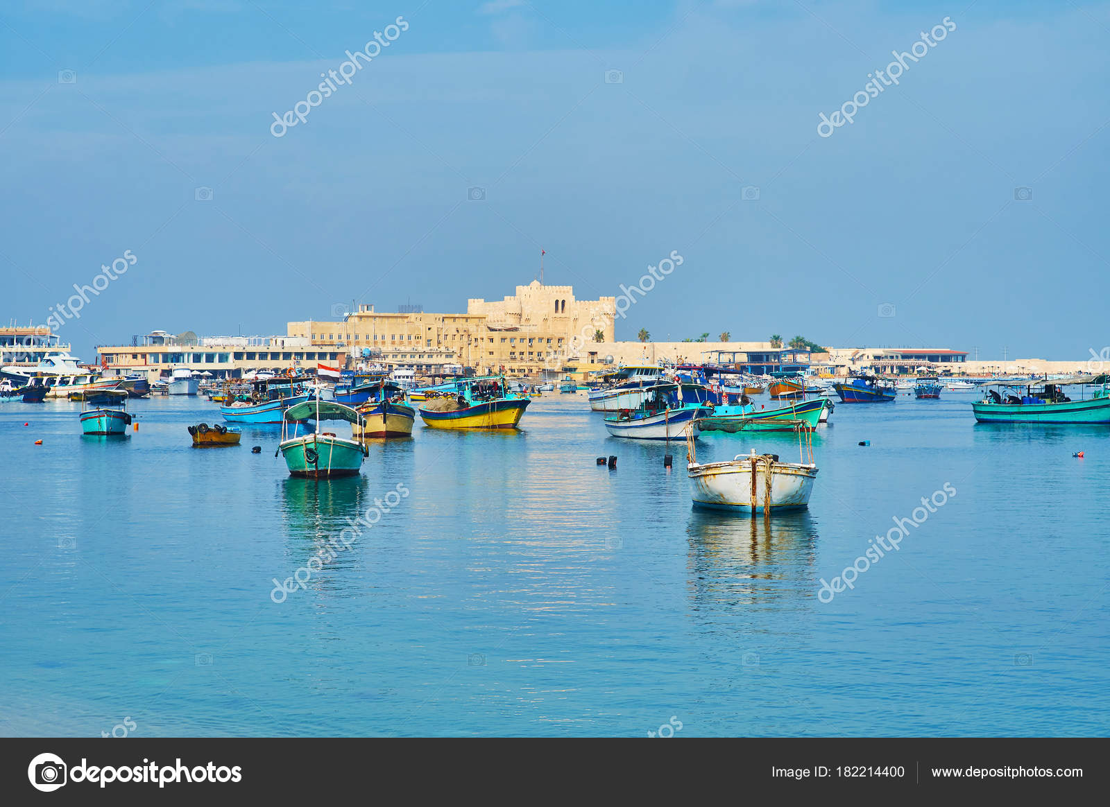 Orientale del porto di alessandria d 39 egitto foto stock - Immagini del cardellino orientale ...