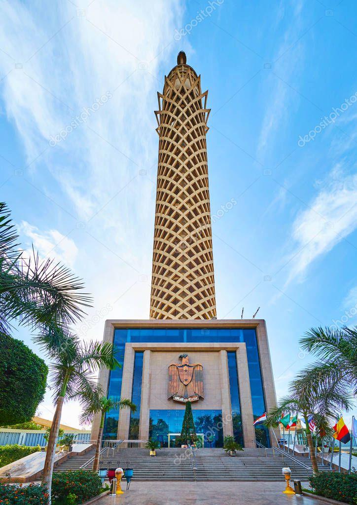 torre de el cairo egipto isla de gezira foto editorial